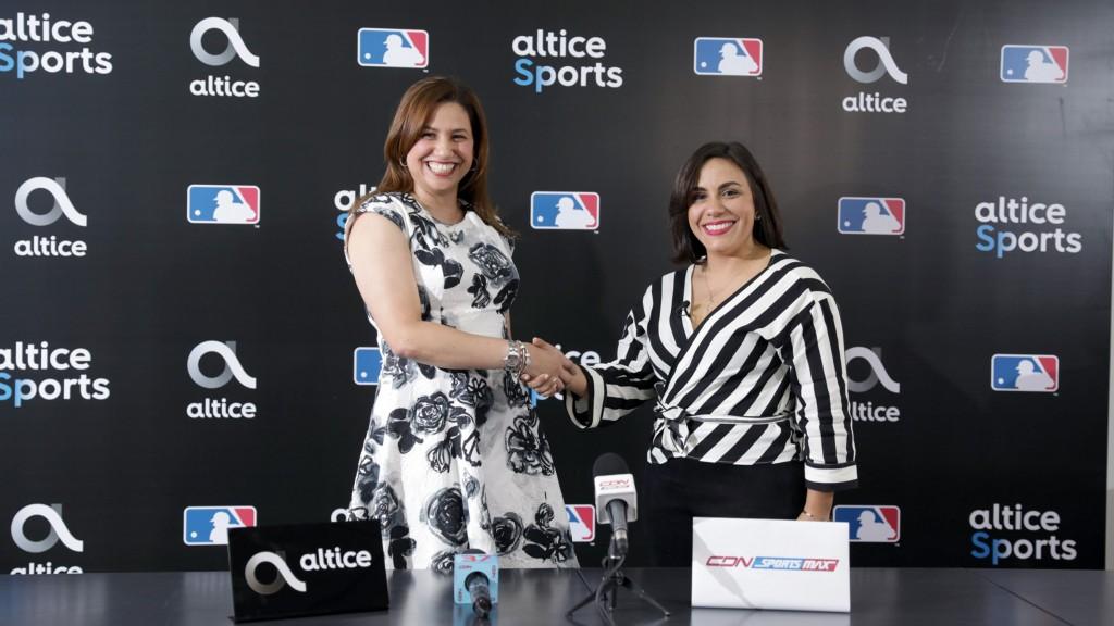 Rosario Veras, Directora Senior de Mercadeo y Operaciones de Altice (i) y Arlene Reyes, Directora de Mercadeo Multimedios del Caribe (d)