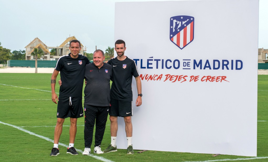 Entrenadores Raymond Kroon, Javier Vidales y Javier Roa